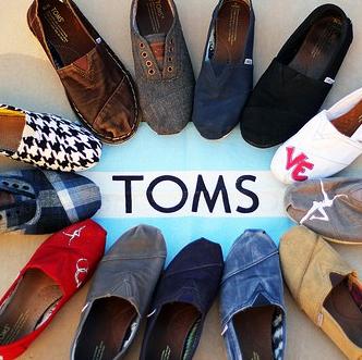 跟着Toms鞋做慈善 TOMS Shoes官网