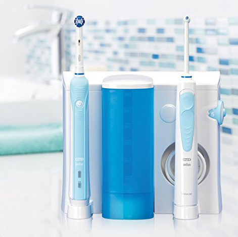 Braun Oral-B Pro 700 电动牙刷+冲牙器套装