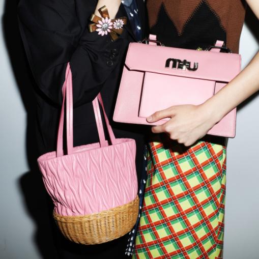 意大利时尚奢牌Prada及miumiu 包袋闪购