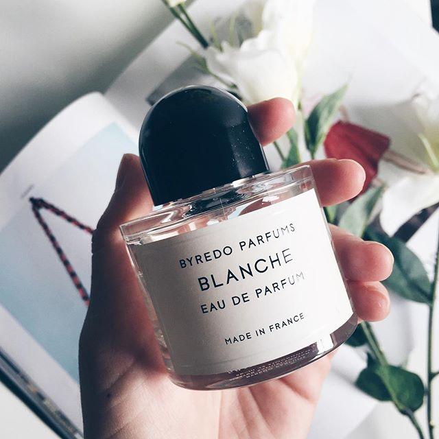对!没错!说的就是它!灿烈的老婆香!Byredo Blanche 纯白女性香水