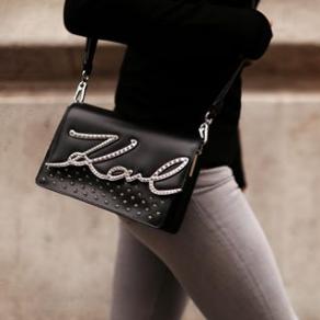 香奈儿首席设计师自己的品牌Karl Lagerfeld卡尔·拉格斐