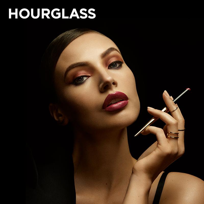 给你一支烟的时间!Hourglass Confession 烟管口红唇膏笔