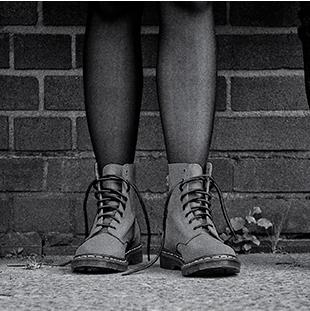超火的英伦复古风 Dr.Martens马丁靴