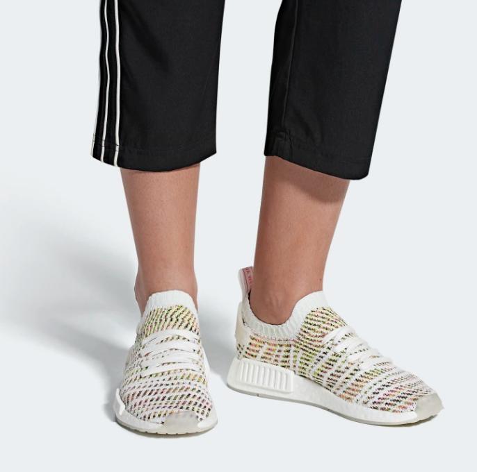 街头风Adidas NMD_R1 STLT PRIMEKNIT运动鞋