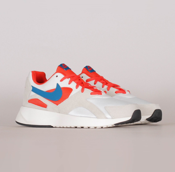 复古跑鞋的新魅力,Nike Pantheos跑鞋