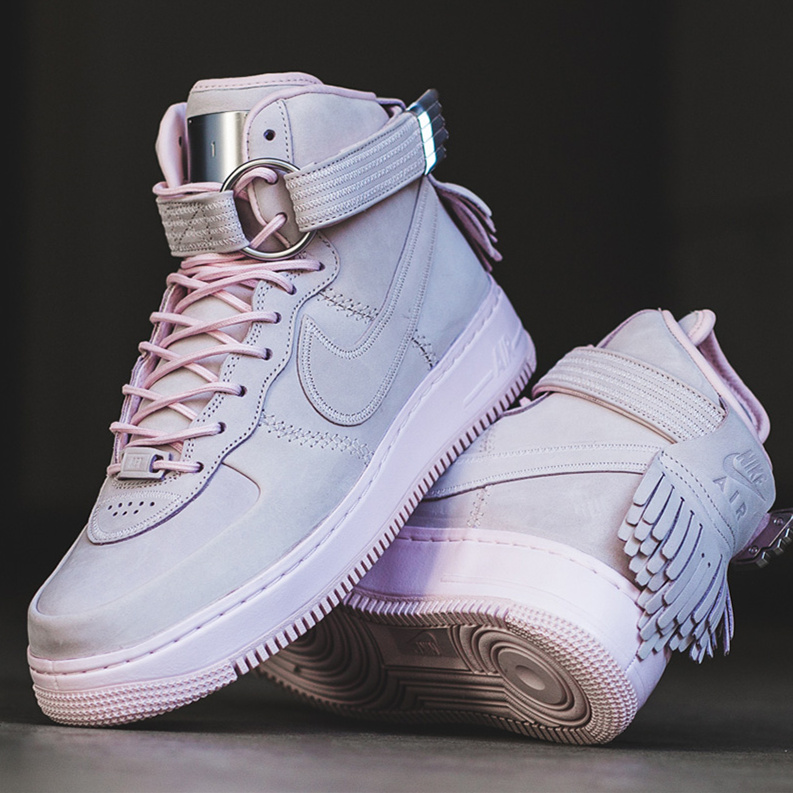 Nike Air Force 1 High Sport Lux 粉色款