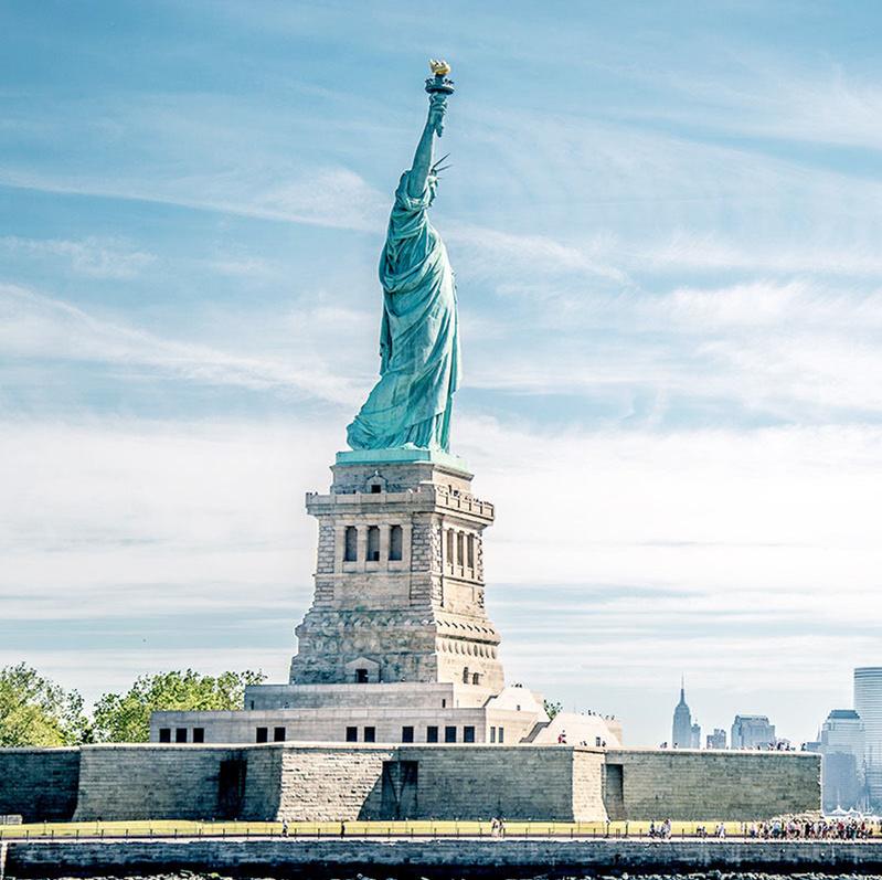 一辈子一定要去看一次的自由女神像所在地 纽约