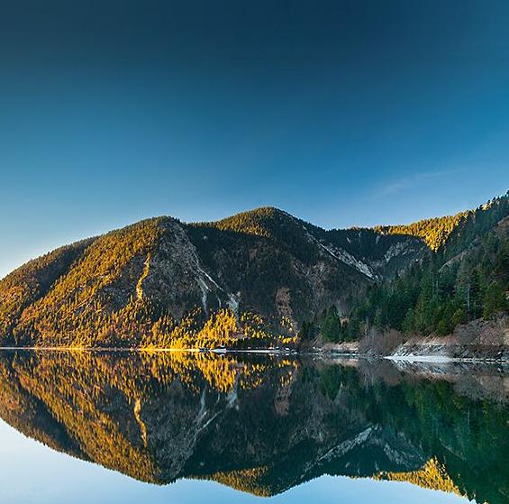 阿尔卑斯山间星级度假宾馆