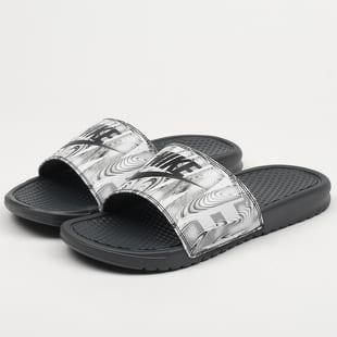独特张扬 Nike Benassi JDI Printed 拖鞋