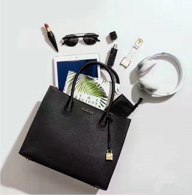 MICHAEL KORS Shopper Mercer 大号黑色包包