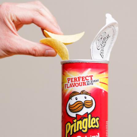 Pringles 品客薯片和Müsliriegel 燕麦能量棒