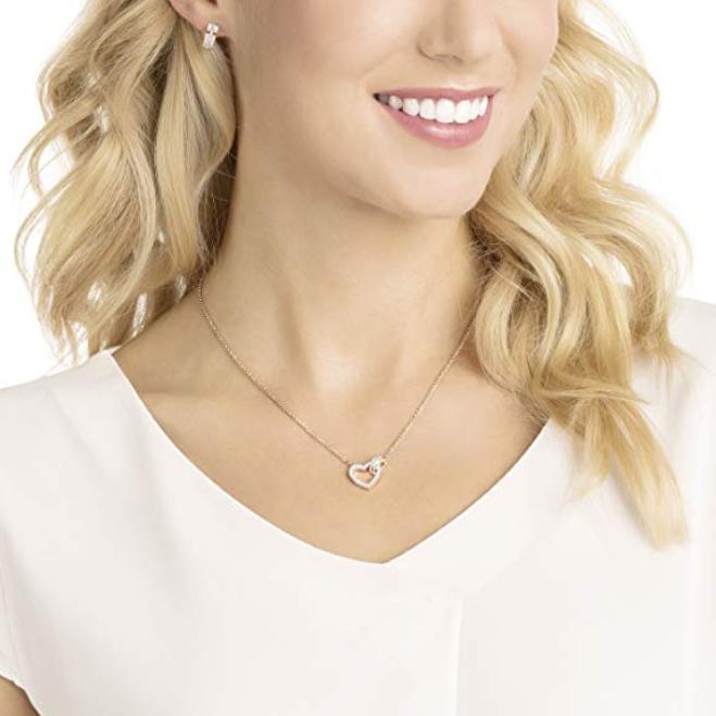 Swarovski施华洛世奇 可爱心形扣 项链耳环套装