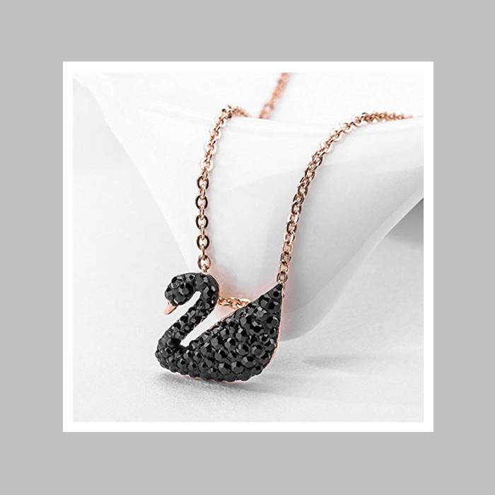 Swarovski施华洛世奇经典黑色天鹅项链(金链)