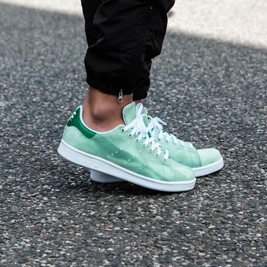Adidas Originals × Pharrell Williams 菲董联名款Stan Smith复古板鞋