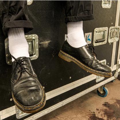 打造秋冬帅气复古风 DR. MARTENS 马丁靴全场特卖