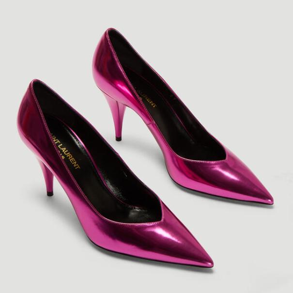 闪若星辰的派对女王!Saint Laurent香槟金属粉高跟鞋