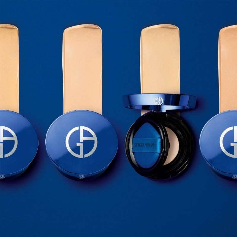 高级感爆棚!Giorgio Armani 绝美「小蓝盒」气垫新品上架啦!