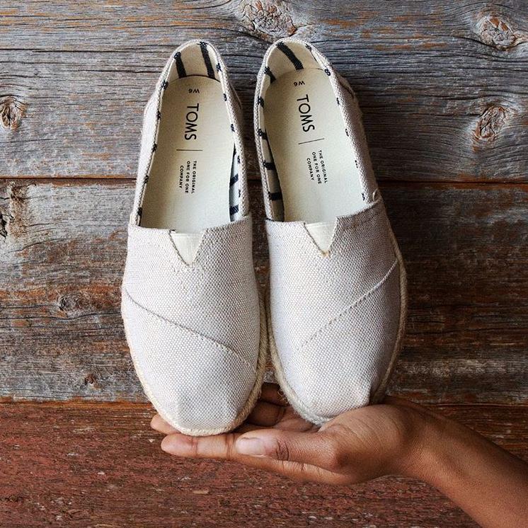 【直邮中国】迎接春夏轻量生活!舒适度爆表的Toms 纯棉布鞋拖鞋凉鞋