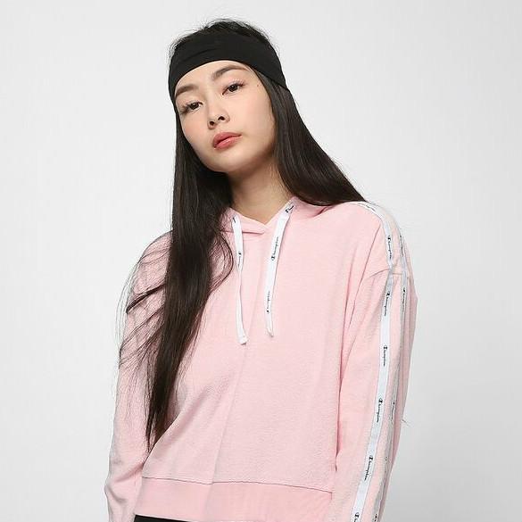 嗲嗲甜甜的樱花粉卫衣!Champion LEG卫衣