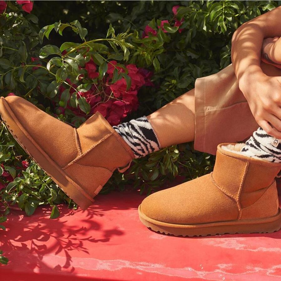 秋天到了,穿雪地靴的季节还远吗?