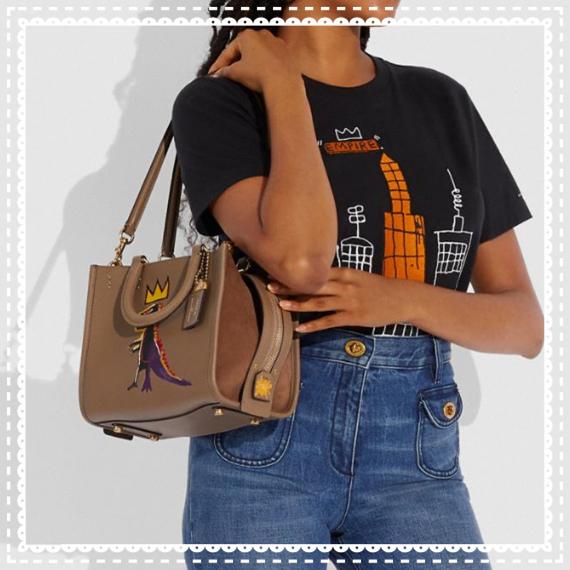 可爱有趣的恐龙设计时髦度up!COACH x Basquiat联名 Rogue Bag