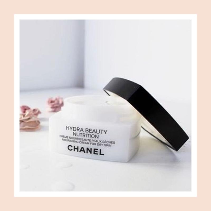 在干燥的秋冬有效舒缓修复干燥!Chanel 香奈儿山茶花保湿滋养面霜