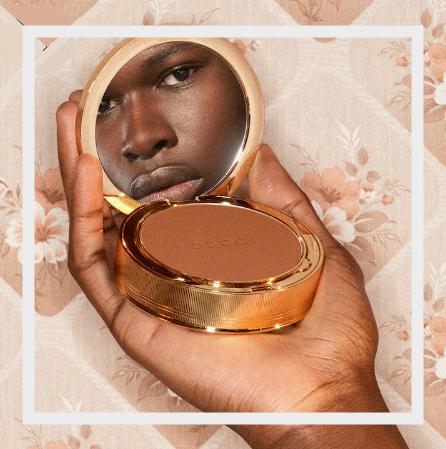 这不就是仙女必备粉饼嘛!Gucci 2020新品高级柔嫩「玫瑰粉饼」