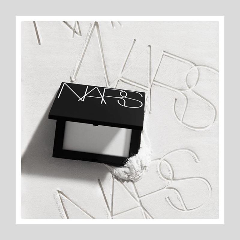 口罩也蹭不掉的超强控油粉饼!NARS 裸光蜜粉饼#Crystal