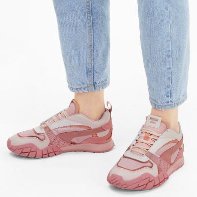 Puma Kyron Poison Flower 女士运动鞋