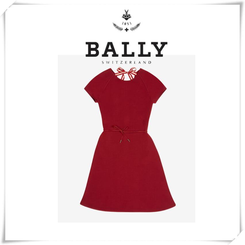 新年复古红,优雅又大气!Bally 大红色女士A字连衣裙