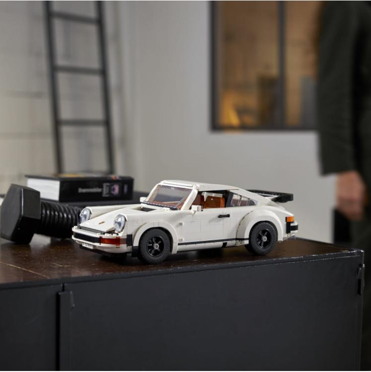 人气超高一经发售就即将售罄的LEGO乐高保时捷911