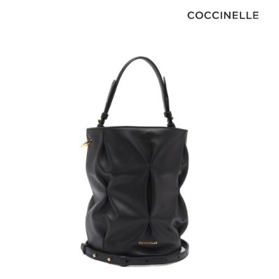 小众质感一级棒~Coccinelle软皮水桶包
