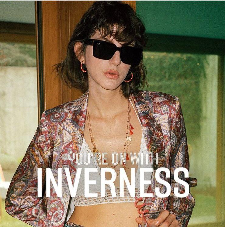 走在时尚前沿的专业太阳镜品牌Ray Ban雷朋