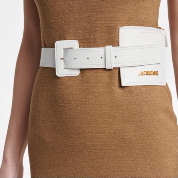 夏日最吸晴的点缀!皮带腰包二合一的绝美配饰!Jacquemus 白色腰带包