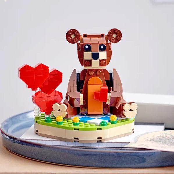 憨厚可爱的小熊让您每一天都是情人节!LEGO乐高情人节小熊