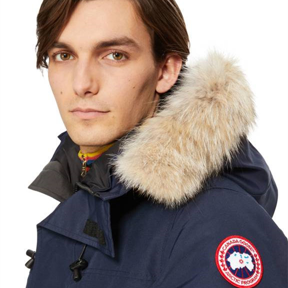 始于北境的高端功能性品牌 Canada Goose加拿大鹅 暖心程度100%!